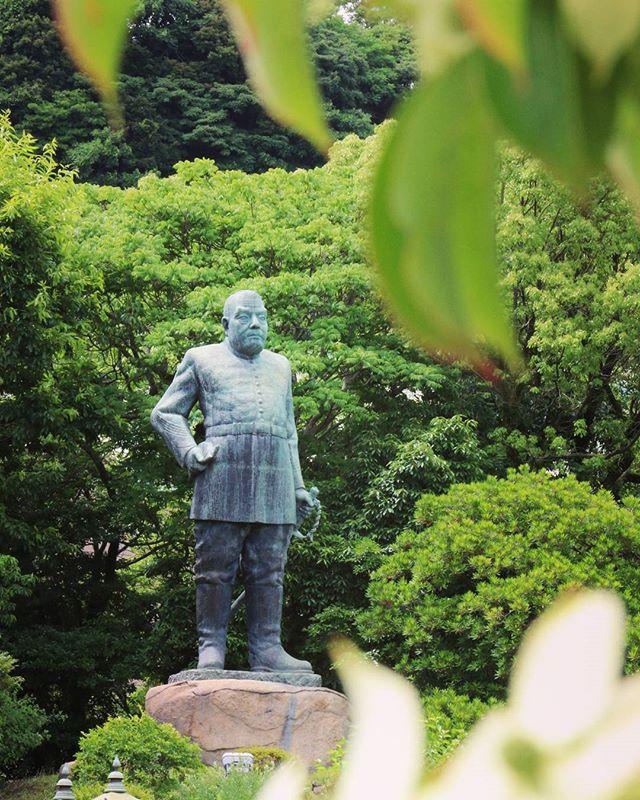 西郷どん銅像。保険医協会主催の写真教室に参加して、西郷銅像ひろばからの撮影。