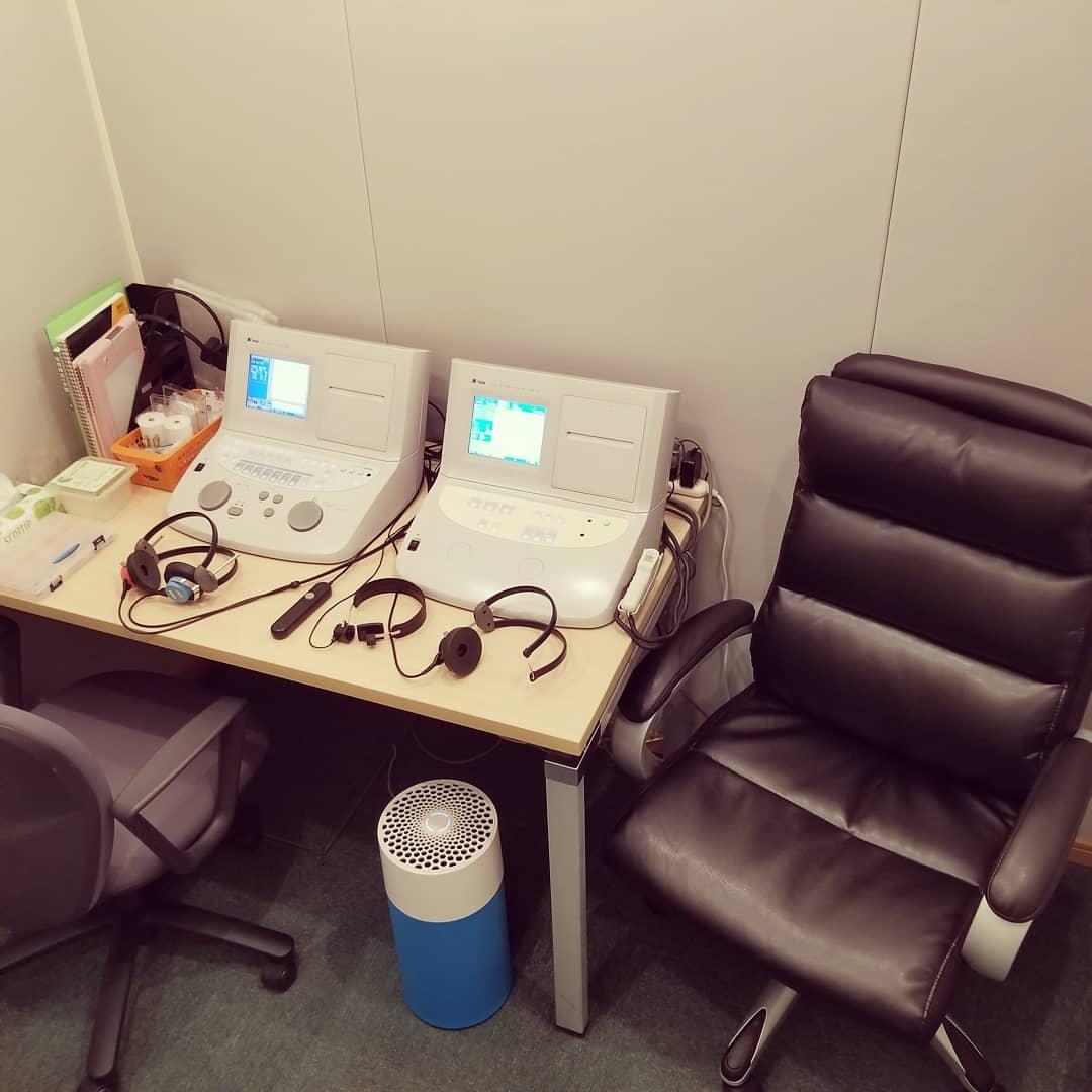 防音設備を完備した聴力検査室。