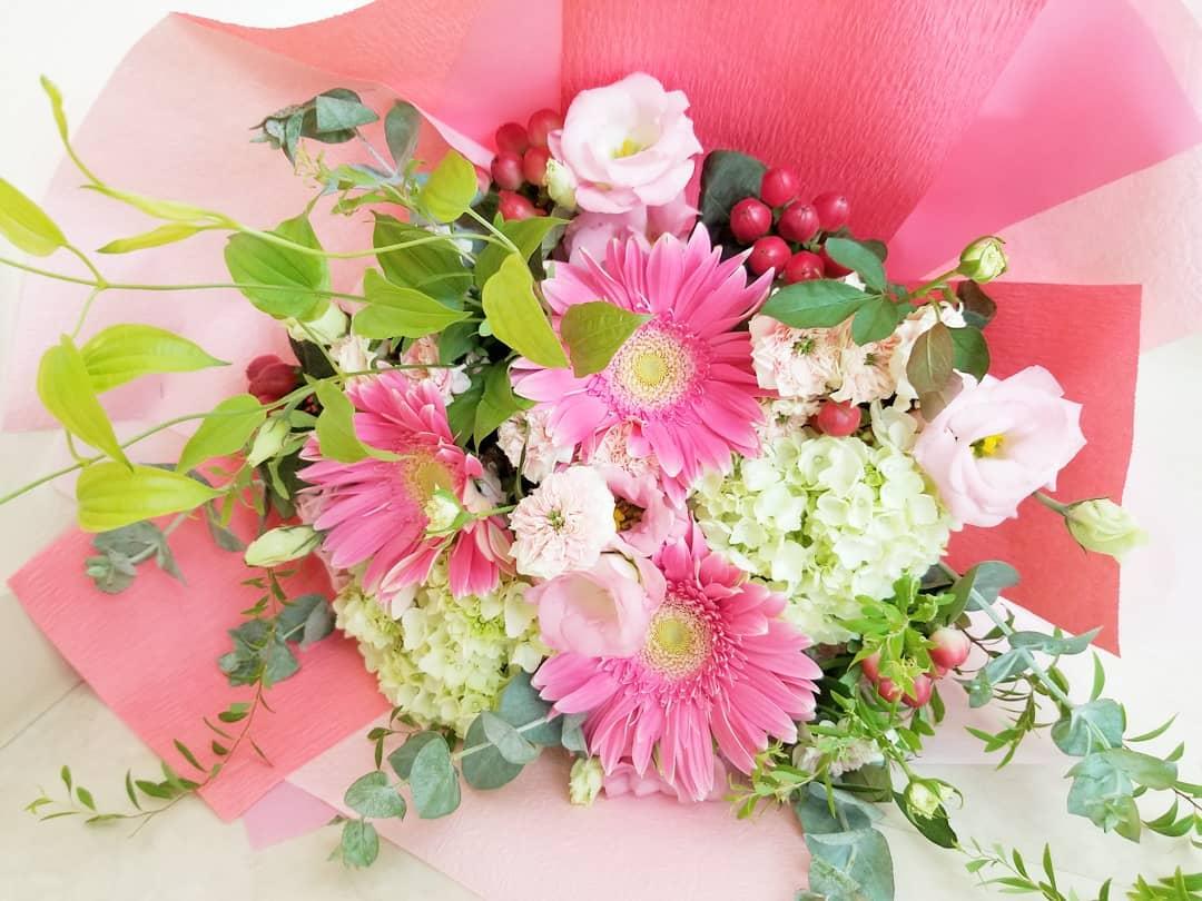 職員送別のお花。